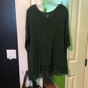 Forest green quarter sleeve top